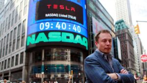 Researcher says Tesla inventory is simply too costly and in bubble territory following Apple automobile record